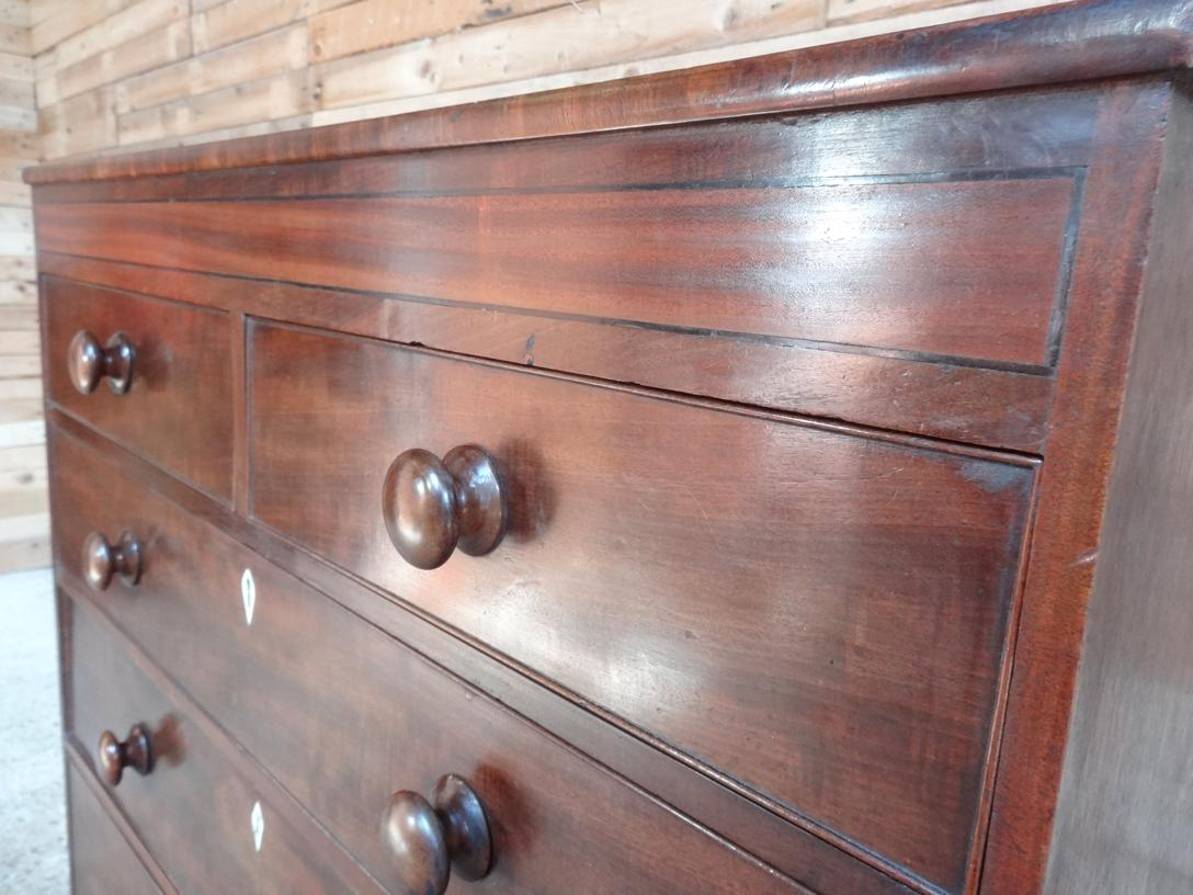 Large Georgian Mahogany Chest of Drawers